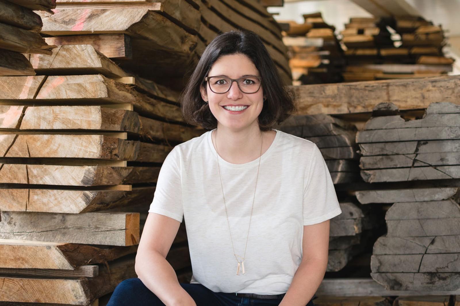 Holzgespür-Gründerin Julia Kasper