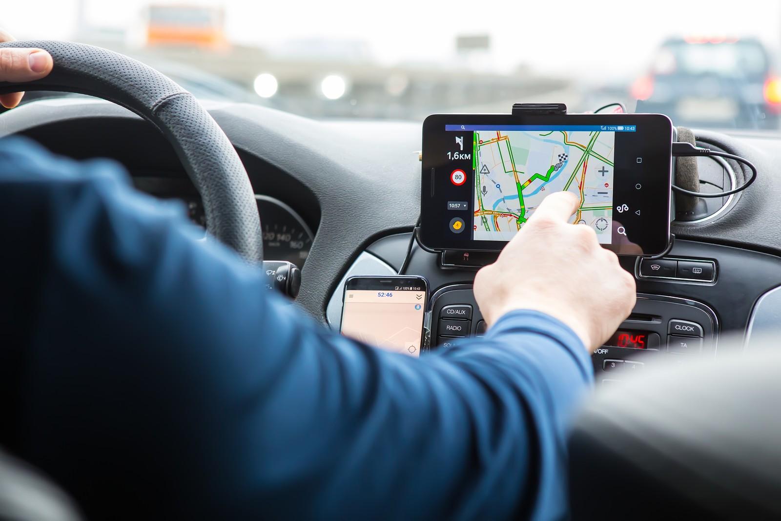 Fehlende Daten im Fahrtenbuch muss der Fahrer zeitnah ergänzen.