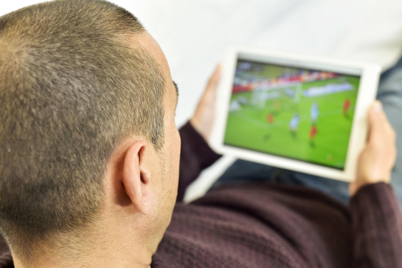 30 Sekunden Fußball schauen - Abmahnung gerechtfertigt