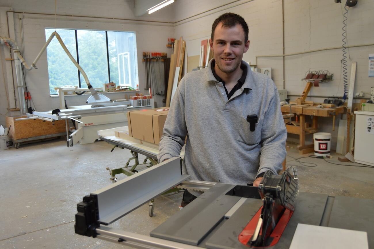 Milwaukee Fuel M18 FTS210: Tischler testen Tischkreissäge