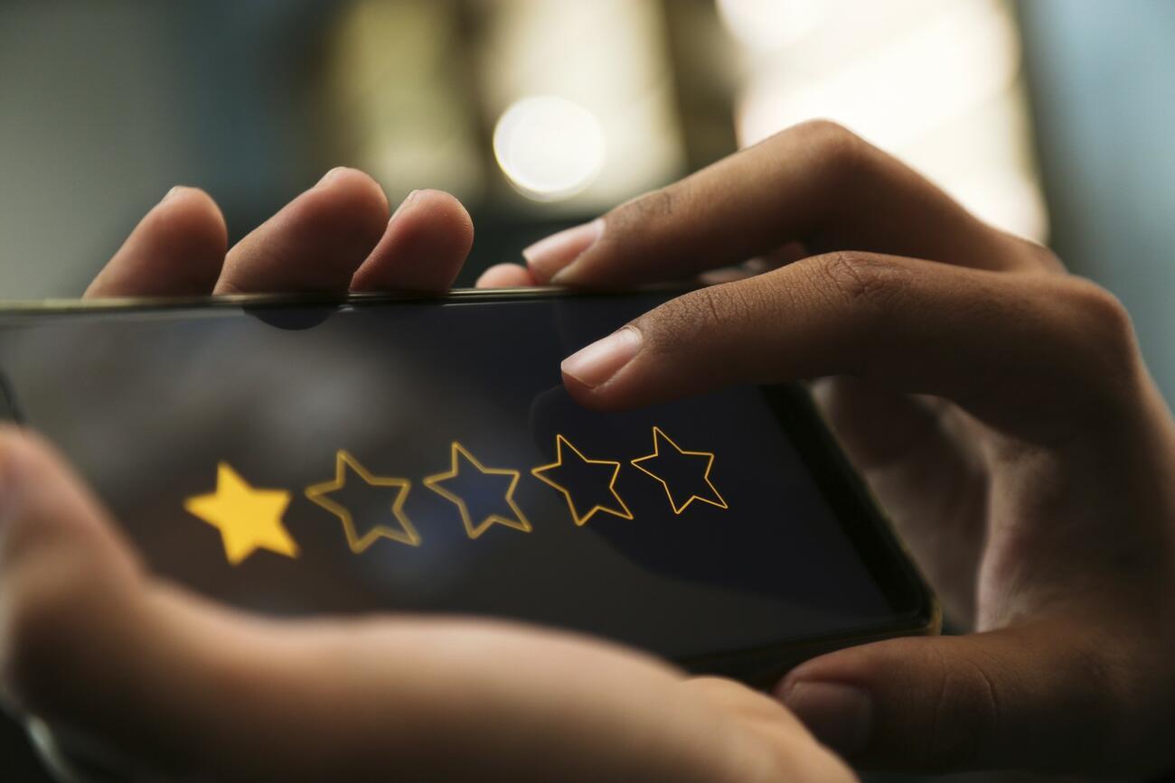 Schlechte Google-Bewertung: So reagieren Sie richtig